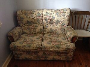 Floral 2 seater couch Hornsby Hornsby Area Preview