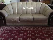 Cream Leather Moran Lounge Suite Bruthen East Gippsland Preview