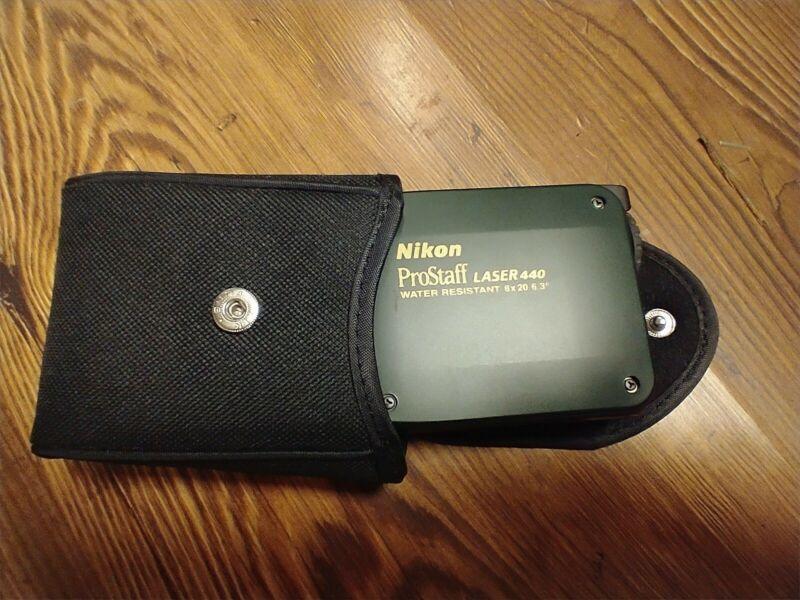 Nikon ProStaff Laser 440 Rangefinder + case