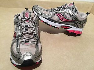 Women's Saucony Excursion 6 Running Shoes Size 9.5 London Ontario image 1