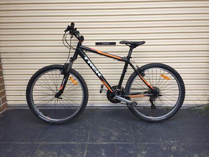 Trek mountain bike medium size  Cheltenham Kingston Area Preview
