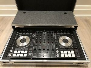 Pioneer DDJ SX Turntables and Odyusa Hard Case with Laptop Tand
