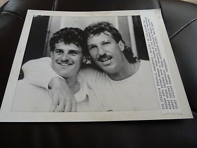 Original Press Photograph 1989 England training Ian Botham Steve Rhodes