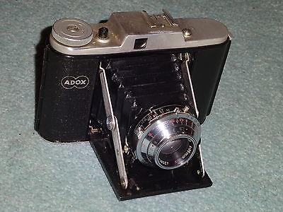 * Alter Fotoapparat Faltkamera Klappkamera ADOX Adoxar mit Tasche *