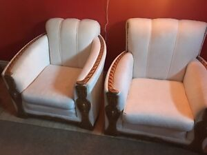 2 seats + one couch : make me an offer (must go)