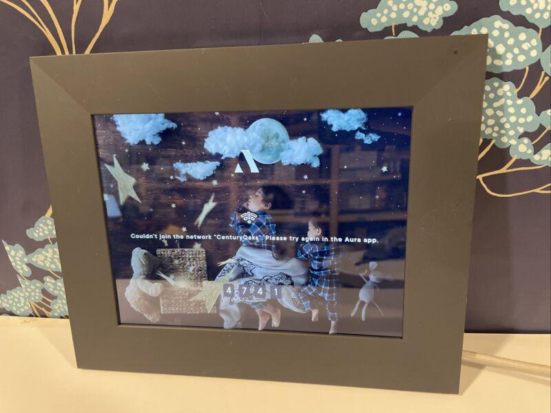 Aura Smart Digital Photo Picture Frame w/ Touchbar Panels PU1-1801