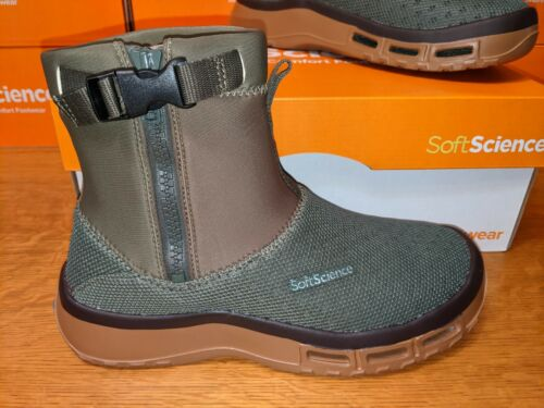 """Size 9 Softscience """"The Fin Boot"""" Sage Green Fishing Boots Water Wet"""