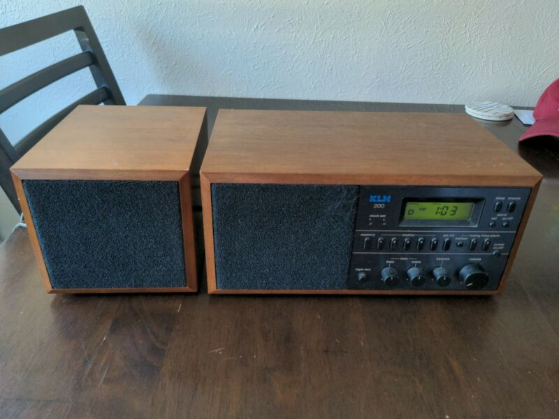KLH 200 Tabletop Radio Stereo Solid State with side speaker walnut wood