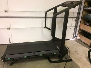Treadmill electric incline folding $200