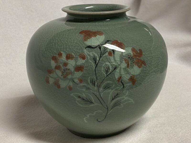 Celadon Korean Pottery Vase Crackle Green Glaze
