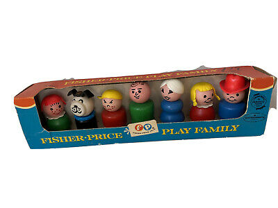 Fisher Price Vintage Play Family No 663 Complete in Box Excellent Condition Wood
