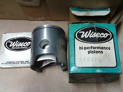 snowmobile nos Wiseco 2124 p2 Piston and Rings vintage snowmobile