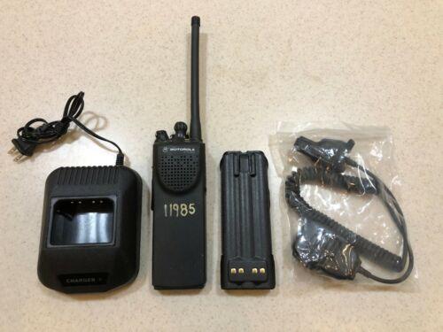 Motorola XTS3000 VHF 136-174mhz Radio H09KDC9PW5AN w/ Accessories