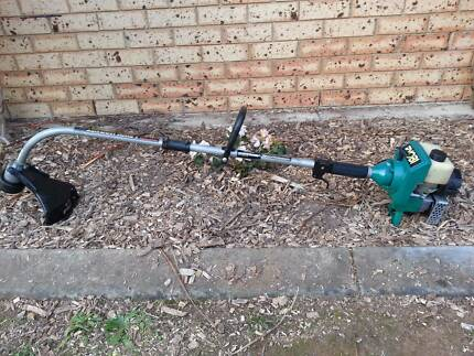RYOBI 31cc (RLH1100) Lawn Hornet MKII 2 Stroke Edge/Line Trimmer Lawnton Pine Rivers Area Preview