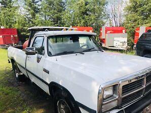 1991 Dodge 250, Power Window & Locks!