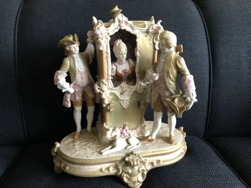 Spectacular!  Large ROYAL DUX Porcelain Carriage! Lovely workmanship!