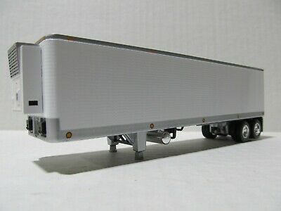 DCP 1/64 SCALE WHITE TANDEM AXLE VINTAGE 40' TRAILER W/ THERMOKING REEFER