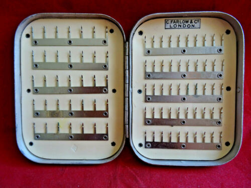AN EARLY 20TH CENTURY VINTAGE C FARLOW 85 CLIP ALLOY TROUT FLY BOX