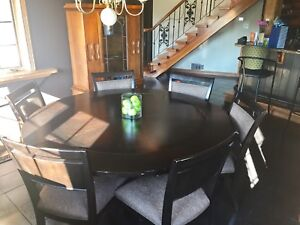 High Quality Round Table Dining Set