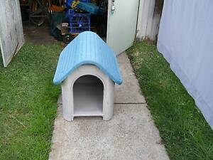 plastic dog kennel Mayfield West Newcastle Area Preview