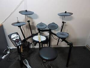 Roland TD-11 Electronic Drum Set + Accessories Forest Lake Brisbane South West Preview