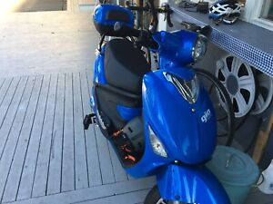 electric scooter/ moped