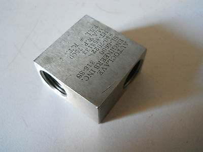 Used Autoclave Engineers Sl-6600 316 Stainless Steel Low Pressure Elbow Fitting