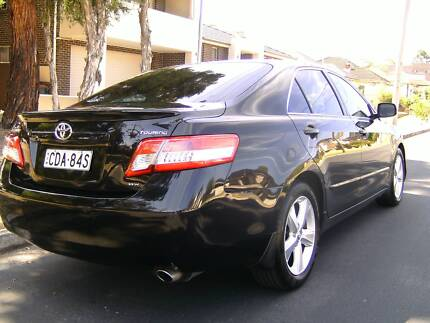 Toyota Camry 2011 Touring Low klms
