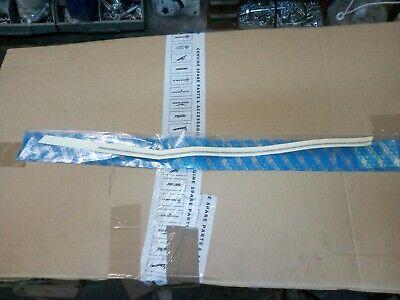 PIAGGIO 248187 Friso Adhesivo Vespa Derecho Asiento 50 Rush Col. Blanco-Azul