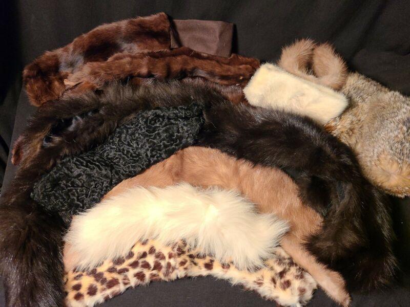 Vintage Lot of 12pc Genuine Fur Collars/Cuffs/Scarf Mink Rabbit Ermine ?