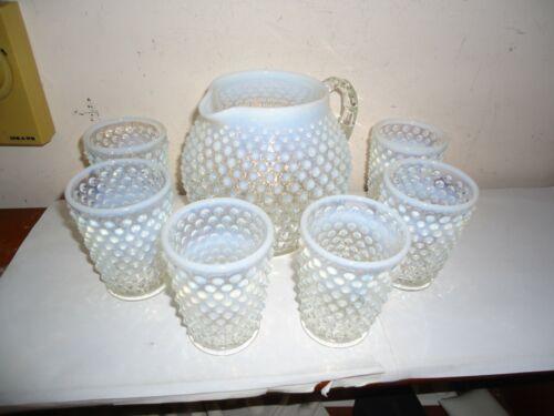 VINTAGE FENTON WHITE OPALESCENT HOBNAIL SQUAT JUG PITCHER W/ 6 GLASSES