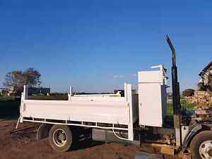 2004 hino dutro tipper truck turbo diesel low kms Seaholme Hobsons Bay Area Preview