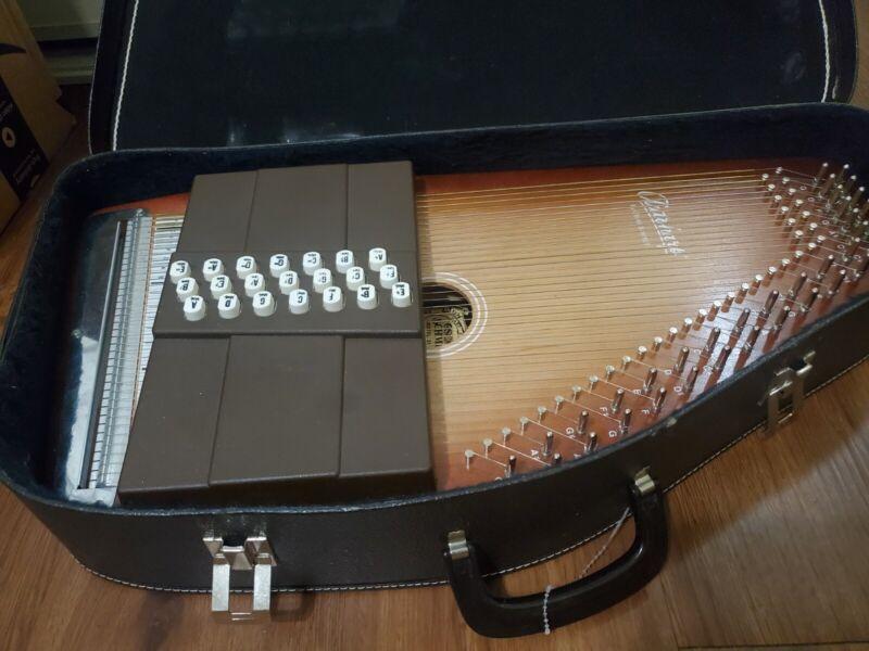 Oscar Schmidt Autoharp 21 chord Model 21 100th Anniversary Ed. with Case & Books