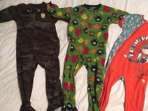 Lot de vêtements garçon 3t