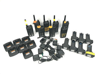 Lot 8 Motorola Rm Rmu2040 2w 4 Channel Uhf Two Way Business Radio W Chargers