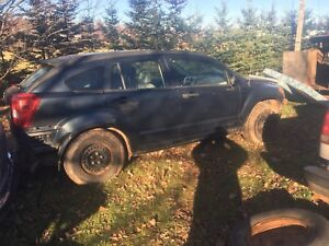 Parting out 2007 Dodge Caliber and 1993 chev Scottsdale