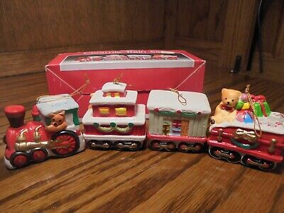 Set (4) Vtg Christmas Hand-Crafted Ceramic Train Ornaments In Original Box V10
