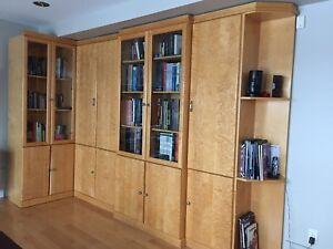 Bibliothèques en érable piqué