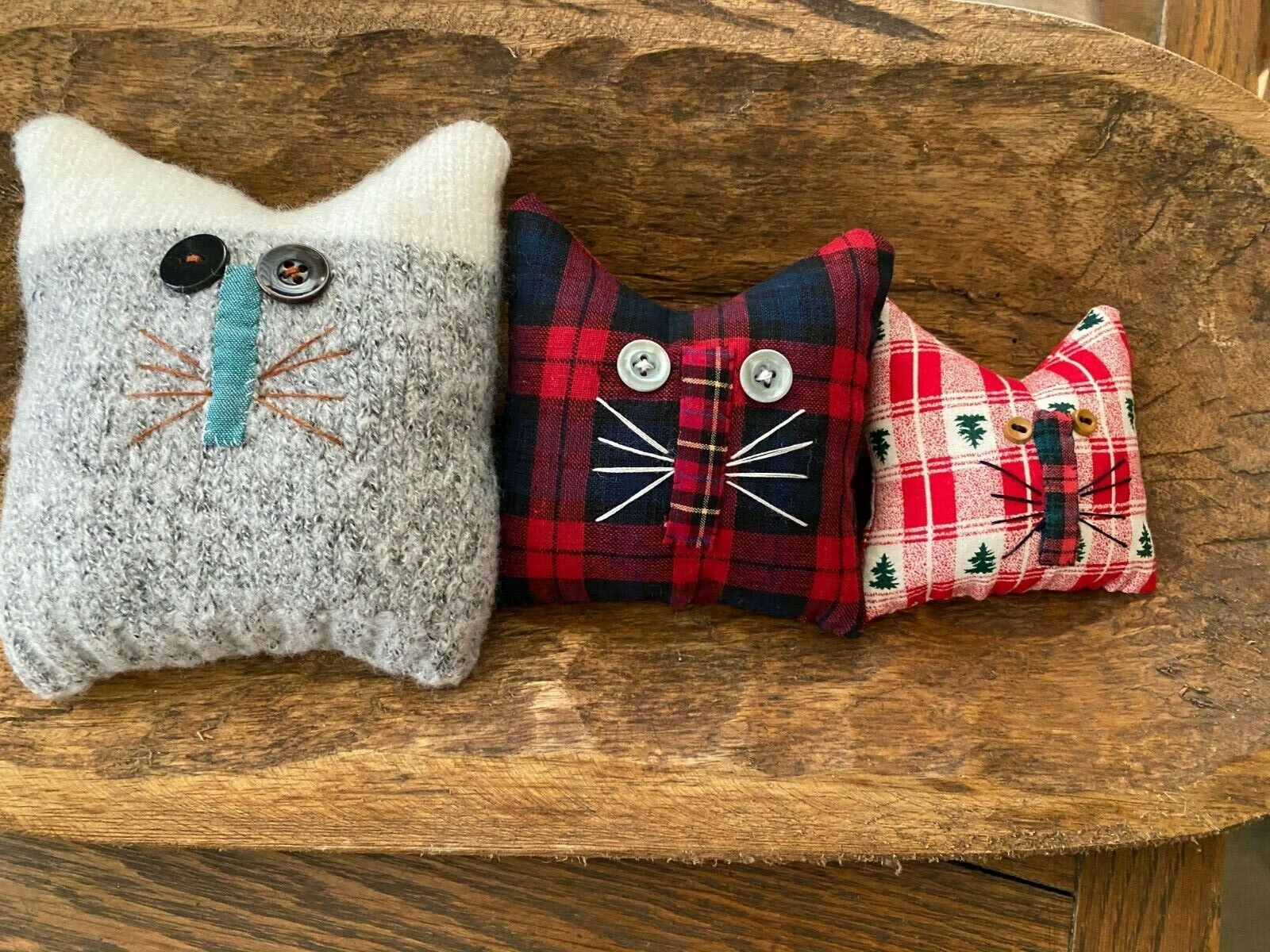 Primitive Old Home Cats Bowl Fillers Set Of 3 Christmas Winter - $4.99