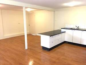 Granny Flat with Ensuite for Couple $280 (All inclusive) Eight Mile Plains Brisbane South West Preview