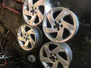 4 mags a vendre 5x 100.