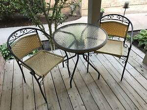 Patio bistro set