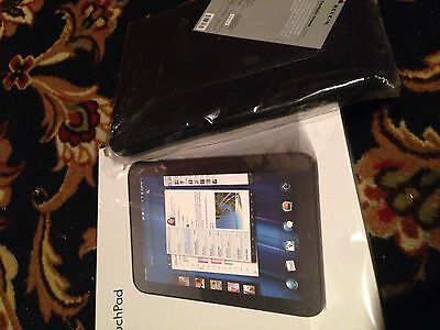 Bundled Brand New Black HP TouchPad 32GB With New Belkin Tablet Sleeve