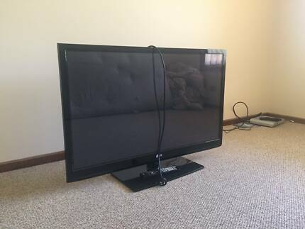 Television LG 42 inch - for sale