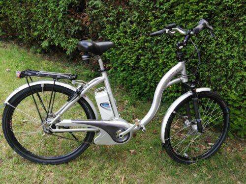 Flyer E-Bike Tiefeinsteiger 8-Gang Elektrofahrrad RH ca.48 cm 26 Zoll