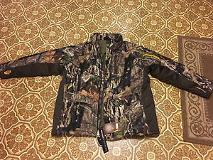 Brand new with tags Yukon Gear men's jacket