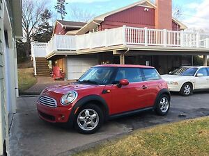 2009 Mini Cooper, Low KM, Manual