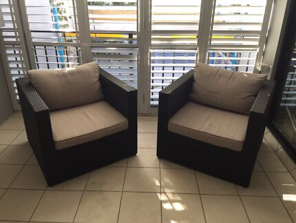 Black/ beige outdoor lounge chairs