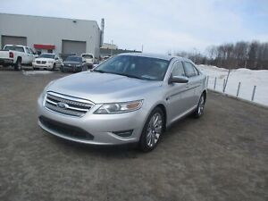 Ford Taurus berline 4 portes limited traction intégr 2011