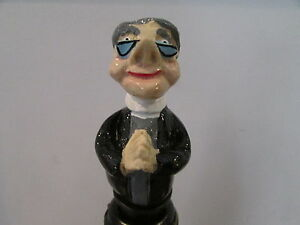 VICAR-NOVELTY-WINE-BOTTLE-STOPPER-GREAT-GIFT-BOXED-WINE-SAVER-CAKE-TOPPER